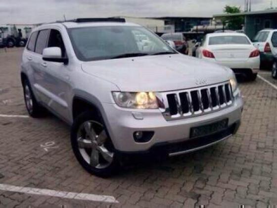 2011 Grand Cherokee Outlander 3.6 V6 - Rent to own