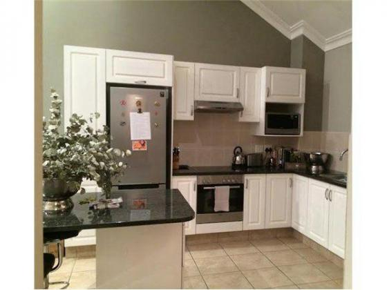 A Large 1 bedroom Unit with Large Patio in Sandton, Gauteng