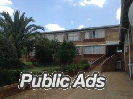 LARGE 1 BEDROOM FLAT, FLORIDA EXT.