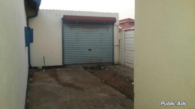 10 Phillip Eastwood Ext6 Eldorado Park in Soweto, Gauteng