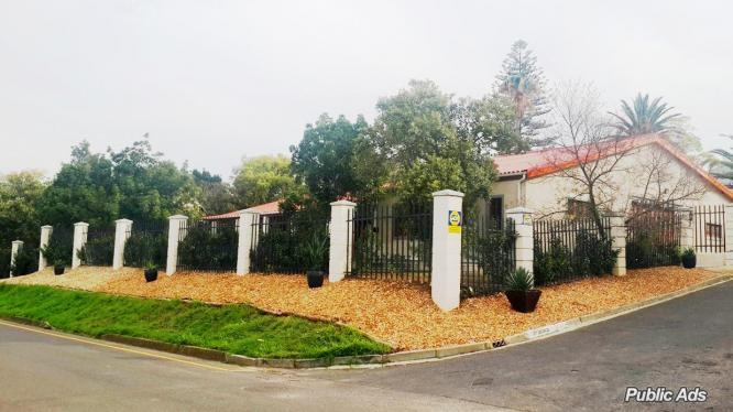 A Beautiful and spacious family home, Somerset West in Somerset West, Western Cape