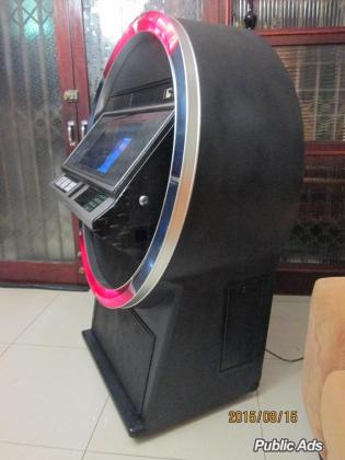 Jukebox for sale - Satellite Digi - Looks stunning, fantastic sound.
