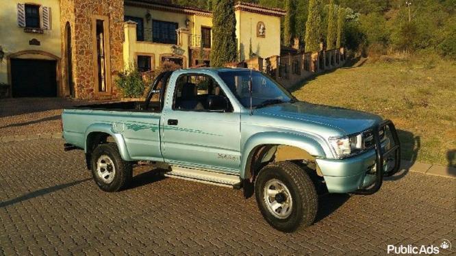 2000 Toyota Hilux 2.7 Single Cab