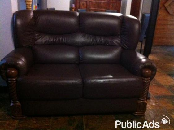Couches for sale . 2  Seater couches and 1 Seater Couches  looks brand new