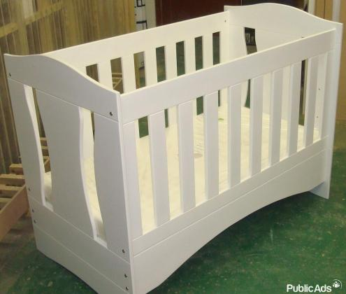 Dont pay more for your baby cot!! Buy direct from supplier!!