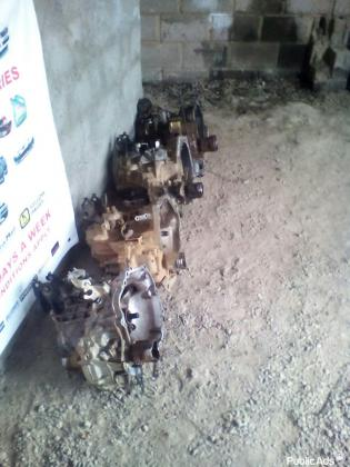 ENGINES & GEARBOXES