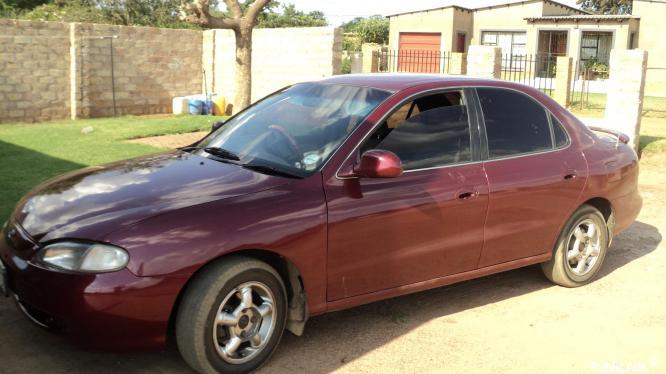 Hyundai Elantra 1.8GLS 16V