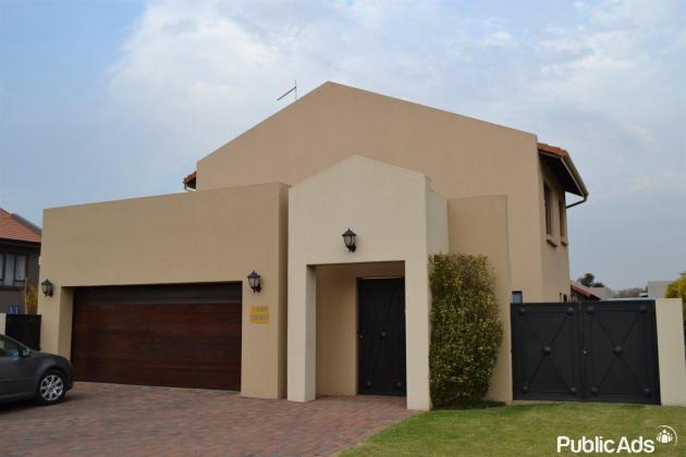 Modern Cluster for sale in Benoni, Gauteng