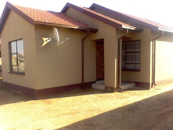 BEAUTIFUL HOUSES TO MEET YOUR NEEDS AND DESIRE IN THE VAAL AREA in Vanderbijlpark, Gauteng