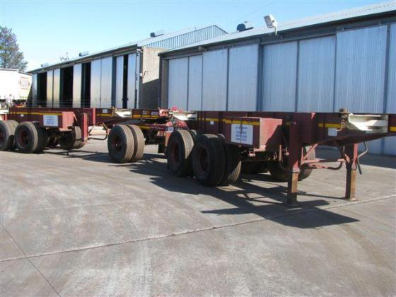 Busaf skelatal trailers