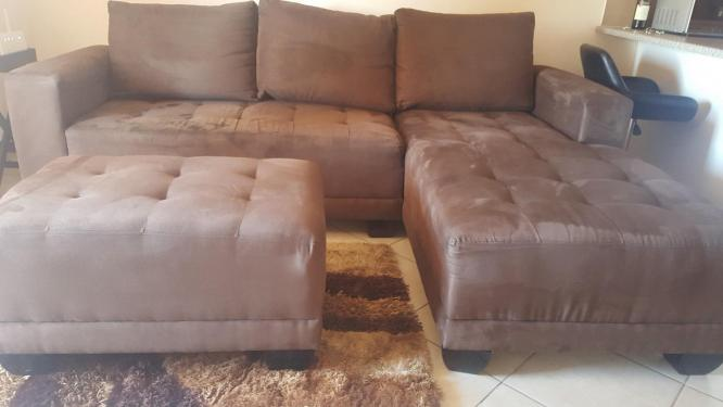 Modern Corner Lounge Suite PLUS Ottoman in Centurion, Gauteng