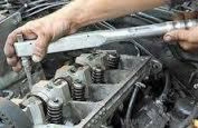 Qualified Mobile mechanic and auto electrcian