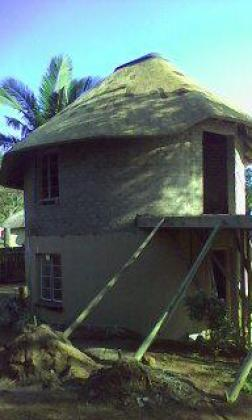 Thatch roofs and lapas maintenance