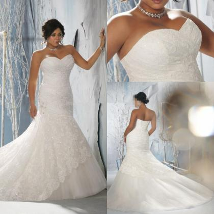 Wedding Dresses Grooms Tuxedos
