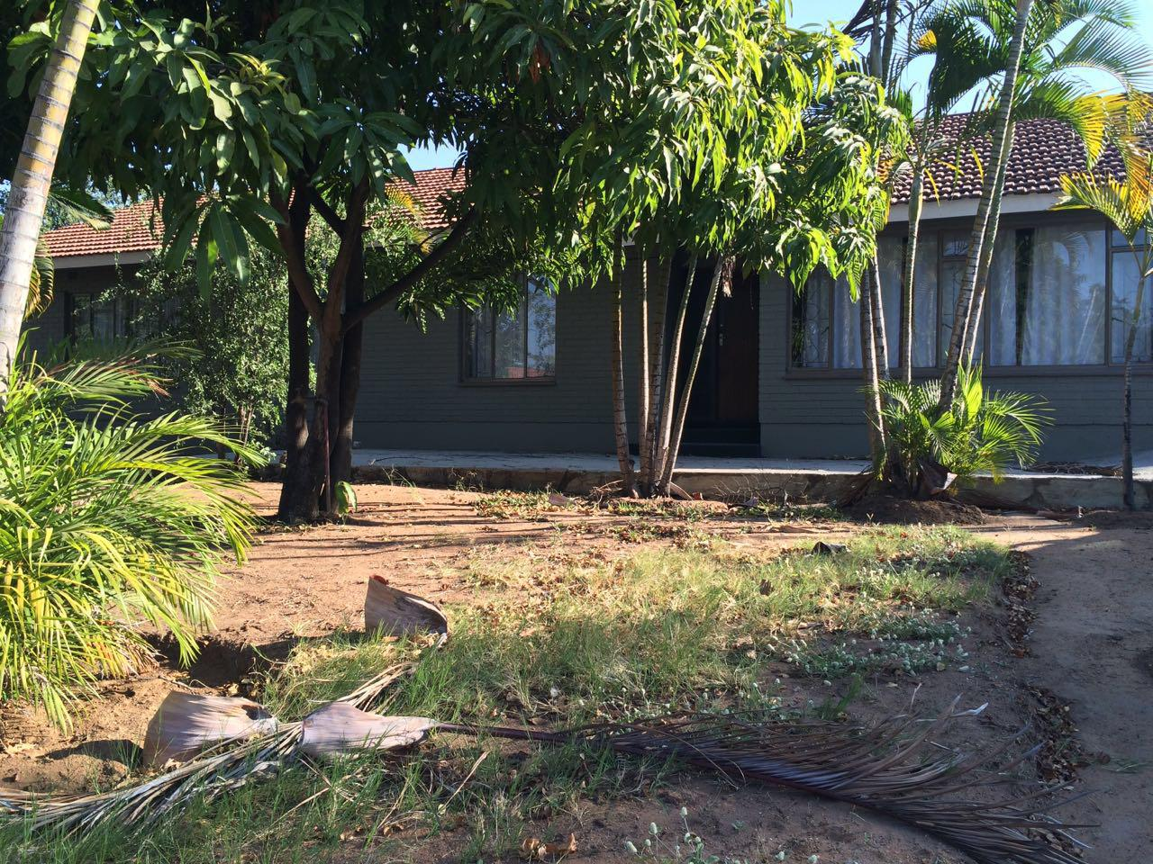 modern 4 bedroom house phalaborwa