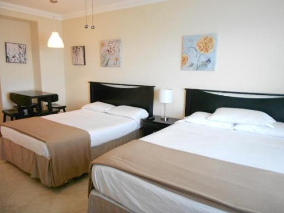 Holiday Accommodation Beach in Durban, KwaZulu-Natal