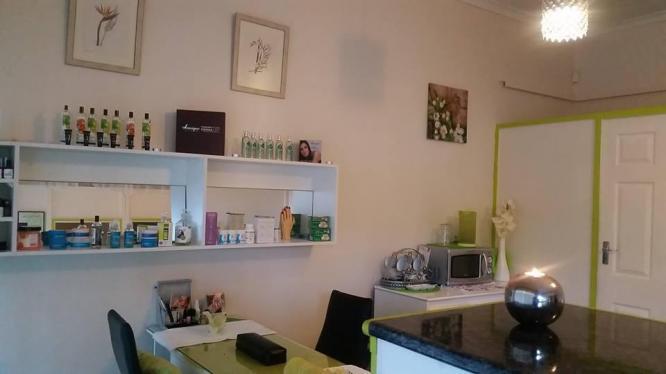 Magnificent Beauty Salon For Sale