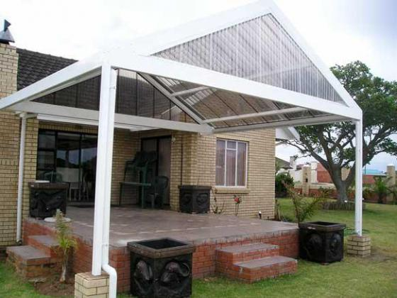 POLYCARBONATE AND STEEL ROOFING MATERIALS