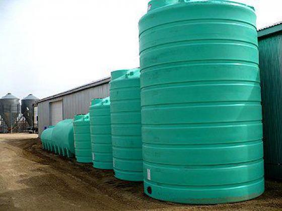 Jojo and Bushman water tanks and water pressure pumps