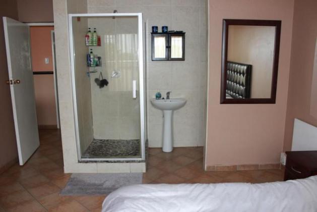 2 Bedroom 2 Bathroom - Dalpark Ext1