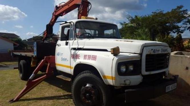 Crane truck for sale