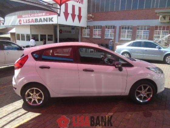 Ford Fiesta 1.6i Ambiente 5DR 2009