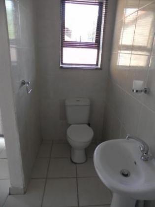 Studio Apartment to Rent in Phillip Nel Park