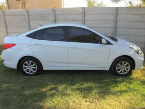 2014 Hyundai Accent 1.6 GLS/Fluid