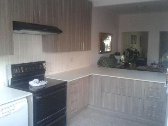 Shelnic Kitchens & Granite