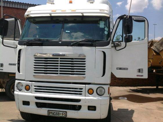 Massive sale Freightliner Trucks + Legit Contracts in Brakpan, Gauteng