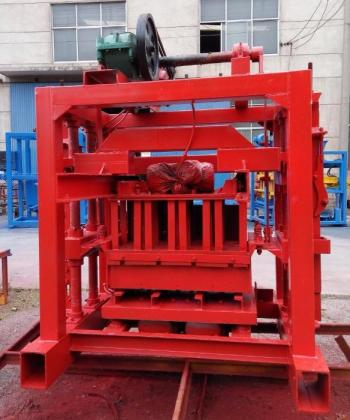 Whole sale price QT4-40 concrete block making machine/block machine for sale