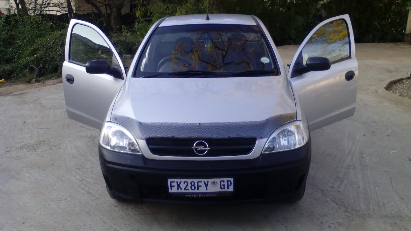 2008 opel corsa utility 1 4 with spare key highlands north public ads cars. Black Bedroom Furniture Sets. Home Design Ideas