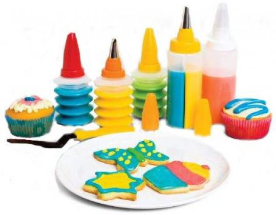 11 Pieces Cookie & Cupcake Decorating Kit