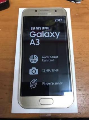 Samsung Galaxy A3 (2017) in Centurion, Gauteng