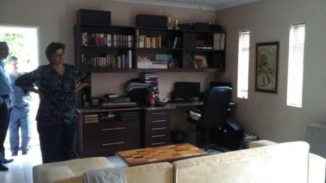Spacious bachelors flat available in Potchefstroom, North West