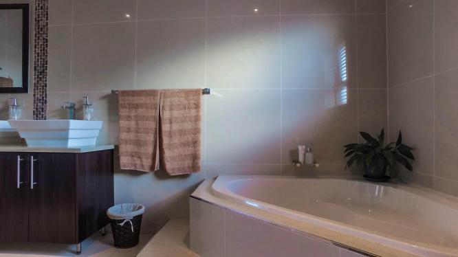 2 bedroom house in Glenhurd in Port Elizabeth, Eastern Cape