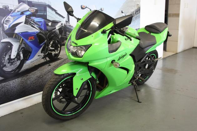 2009 Kawasaki Ninja 250CC Green (CC101-267)
