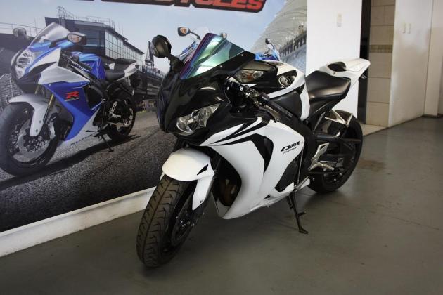2008 Honda CBR 1000cc (CC101-273)