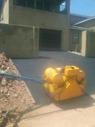Tar surfaces, Asphalt driveways Pretoria 0768988854