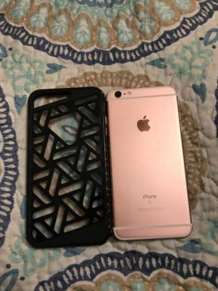 128gb iPhone 6s Plus (Rose Gold) in Cape Town, Western Cape