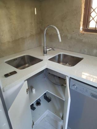 Granite and quartz countertops