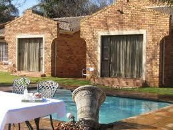 Guest House For Sale in Fourways, Gauteng
