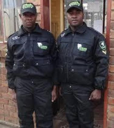 SECURITY GUARDS NEEDED