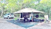Top of the range 4X4 SAFARI KAMPEER SLEEPWA kompleet met tent