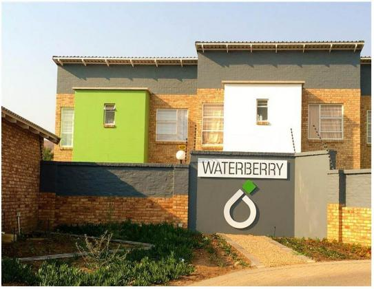 2 Bed 2 Bath to rent in Theresapark PTA North