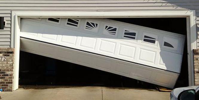GATE MOTOR AND GARAGE DOOR REPAIRS