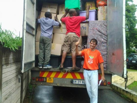 Make Removals and self storage with Excuss Logistics