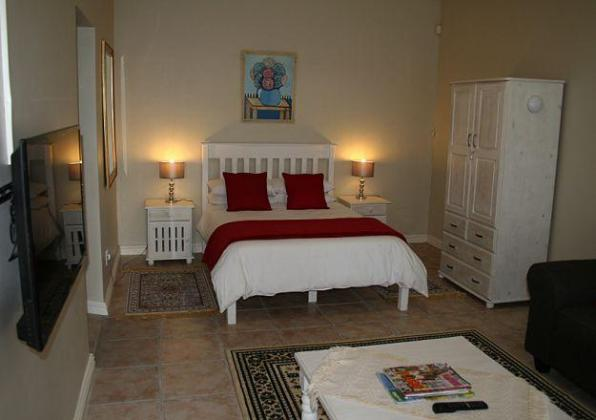 student accommodation available in bellville cape town ,