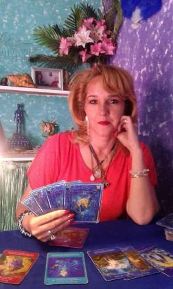 ACCURATE PSYCHIC READINGS - R250