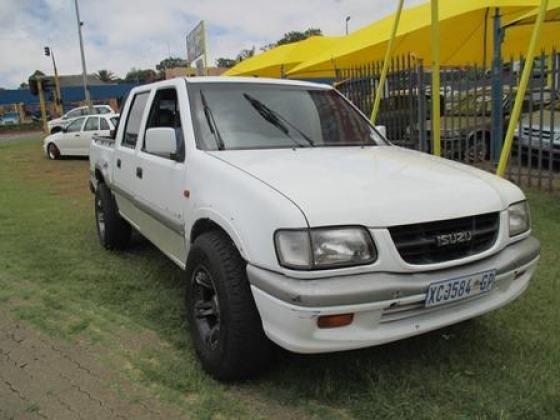WHITE ISUZU KB280 DT LX D/C